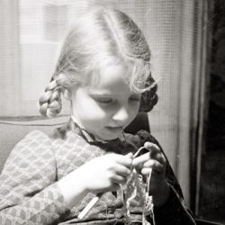 November1938-Erlebnisse-Hirn-Sophie-ATSHI014_cropped_400x400.jpg